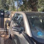 Read more about the article Es reparen els dos punts de recàrrega de vehicles elèctrics