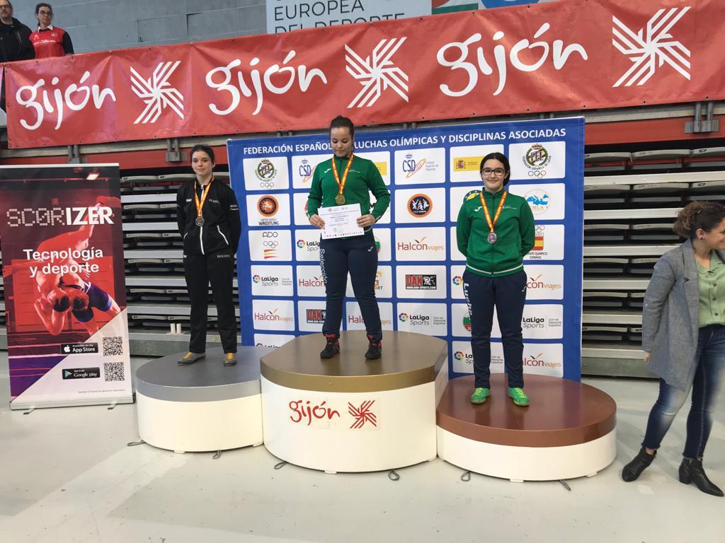 La cunitenca Laia Horta es proclama subcampiona en la categoria de 70kg en el Campionat d´Espanya escolar U15 de lluites olímpiques.