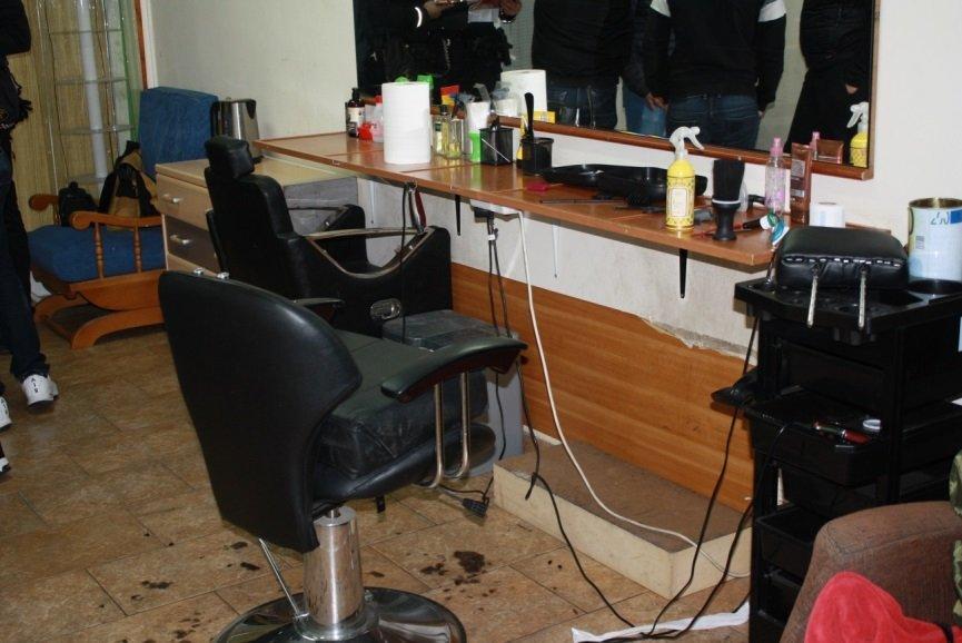 La Policia Local clausura una perruqueria il·legal