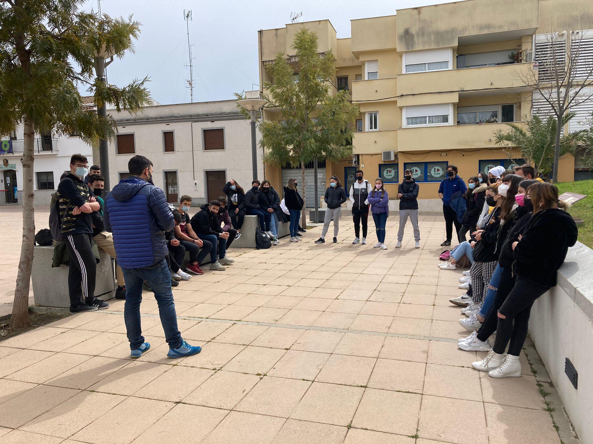 Read more about the article El Búnquer de Cunit rep les primeres visites d'estudiants