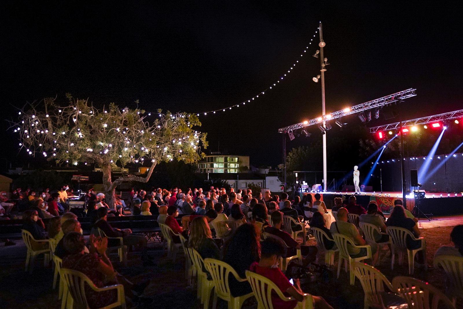 Read more about the article 1.400 persones han gaudit del VI Festival de l'Humor de Cunit
